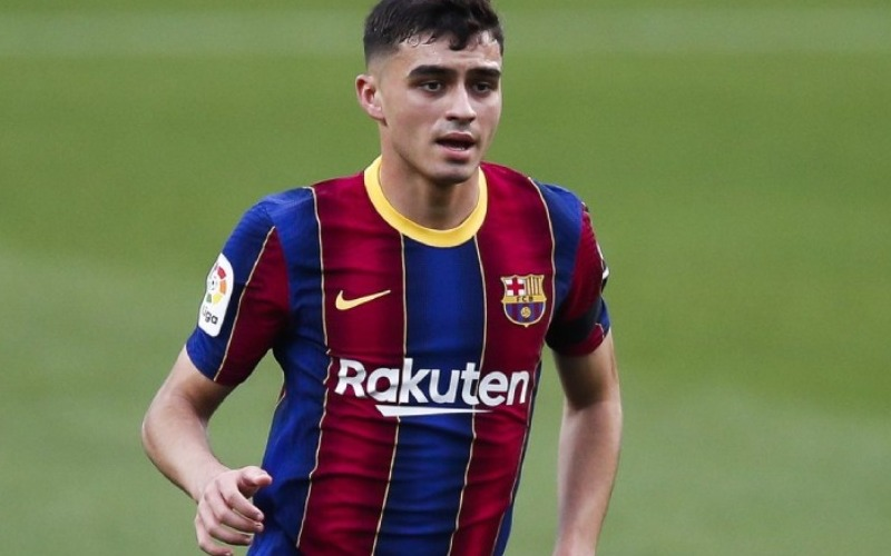 Pedri renueva contrato con el Barcelona hasta 2026