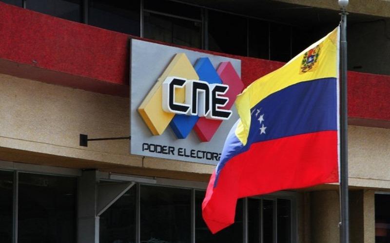 Rector principal del CNE Roberto Picón asegura que sistema electoral resguarda el secreto del voto