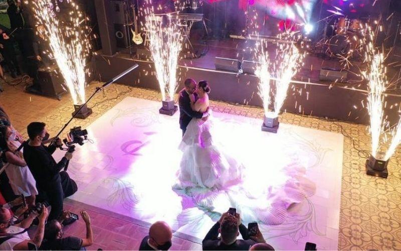 Daniela Alvarado deslumbró en su boda eclesiástica
