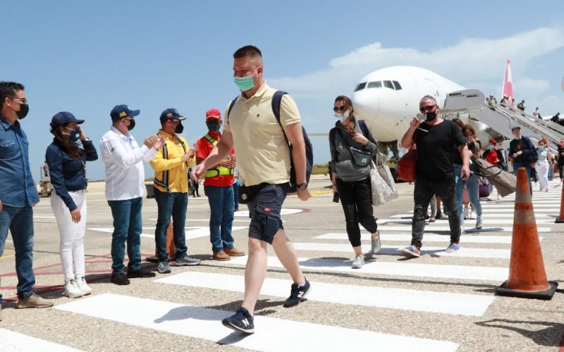 Turistas rusos arribaron al estado Nueva Esparta