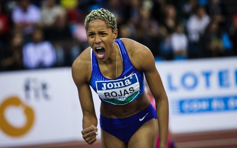 Yulimar Rojas estableció nuevo récord mundial en salto triple bajo techo