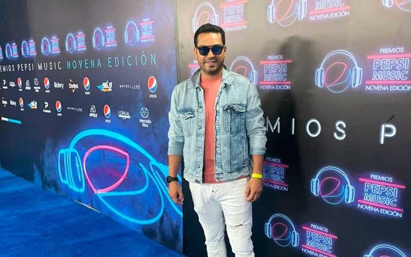 DJ Cesar Arellano estuvo presente en los Premios Pepsi