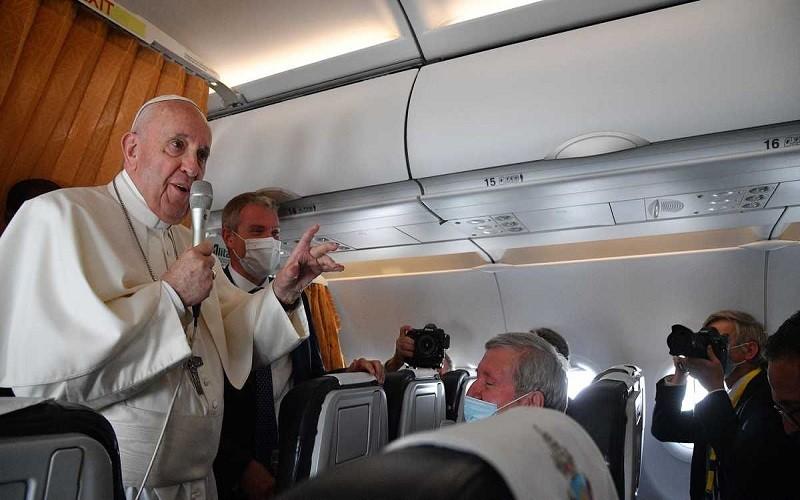 Papa Francisco reprueba a cardenales que se niegan a vacunarse contra el Covid-19