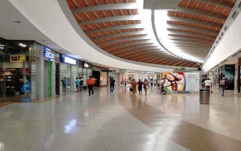 pasillos_del_sambil_margarita-1-60f50e.jpg