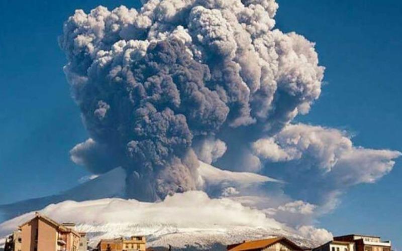 volcan-etna-700x352-13e511.jpg
